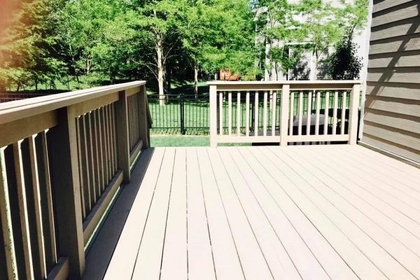Deck staining Carmel IN
