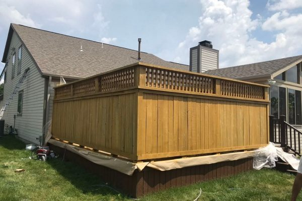 Fence staining Zionsville