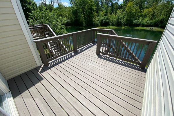 Deck staining in Franklin Township IN